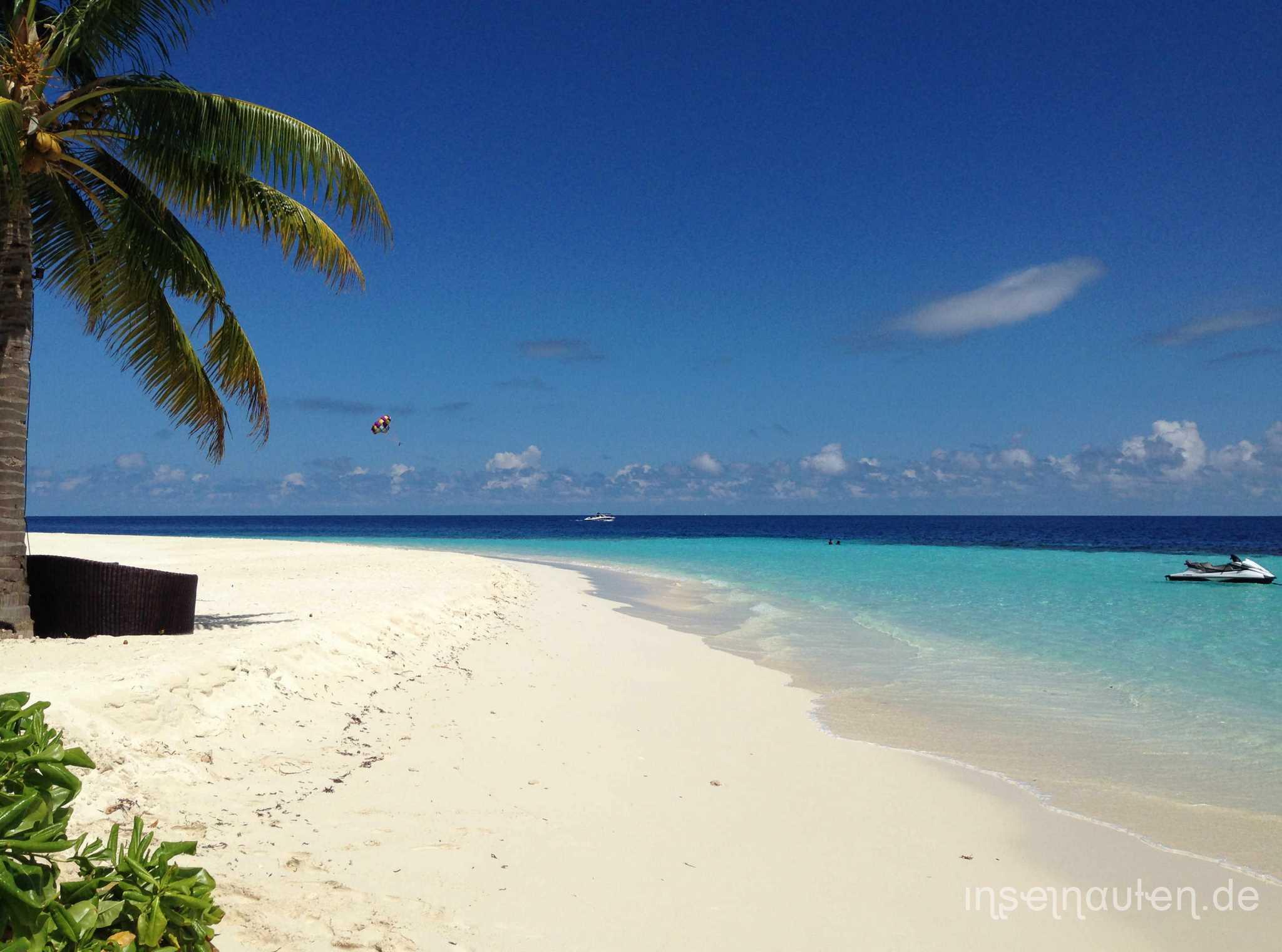 was die str nde auf den malediven so unwiderstehlich macht inselnauten malediven backpacker. Black Bedroom Furniture Sets. Home Design Ideas